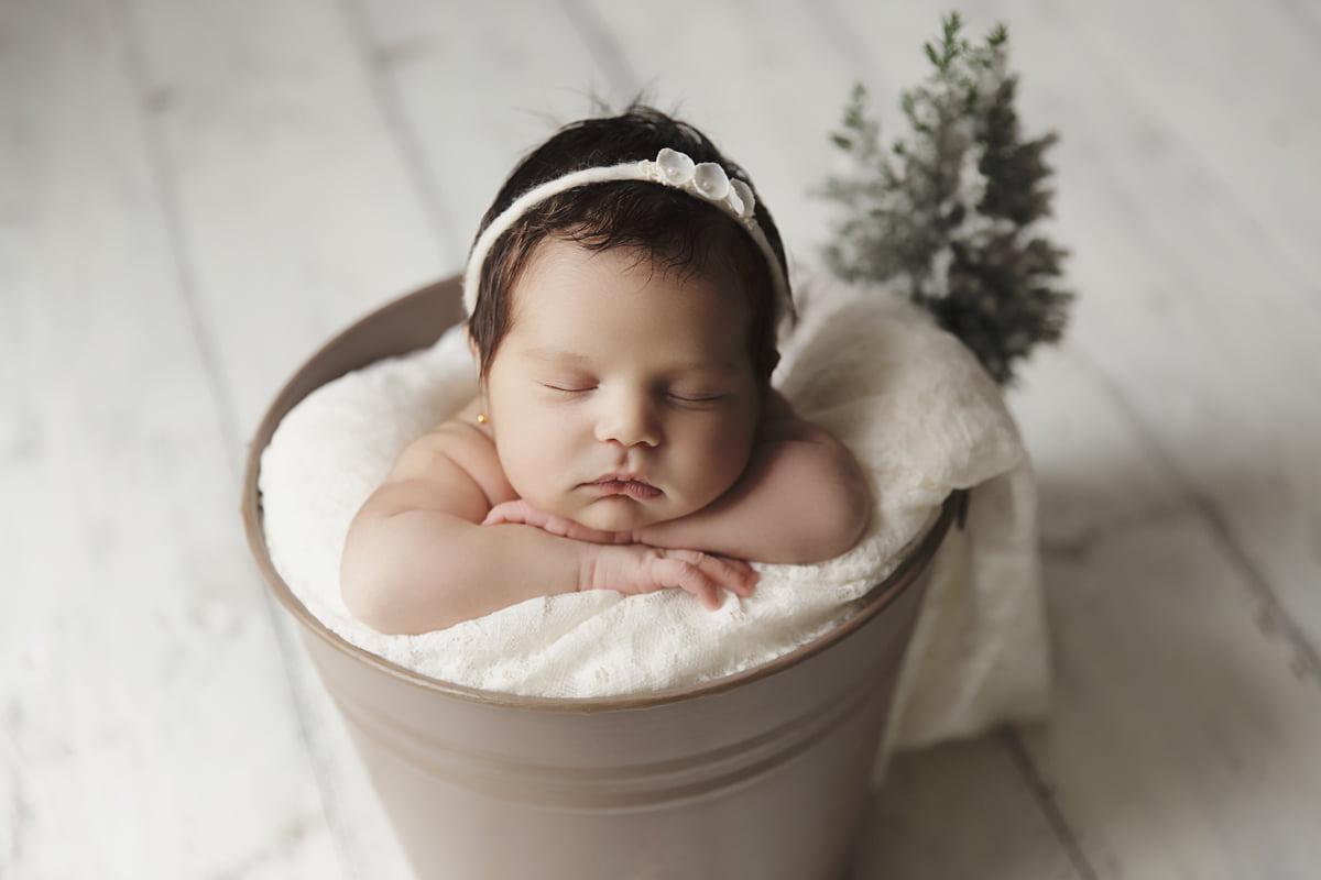 fotograf-nou-nascuti-bucuresti-bebe-familie-mvphotography-acasa (1)