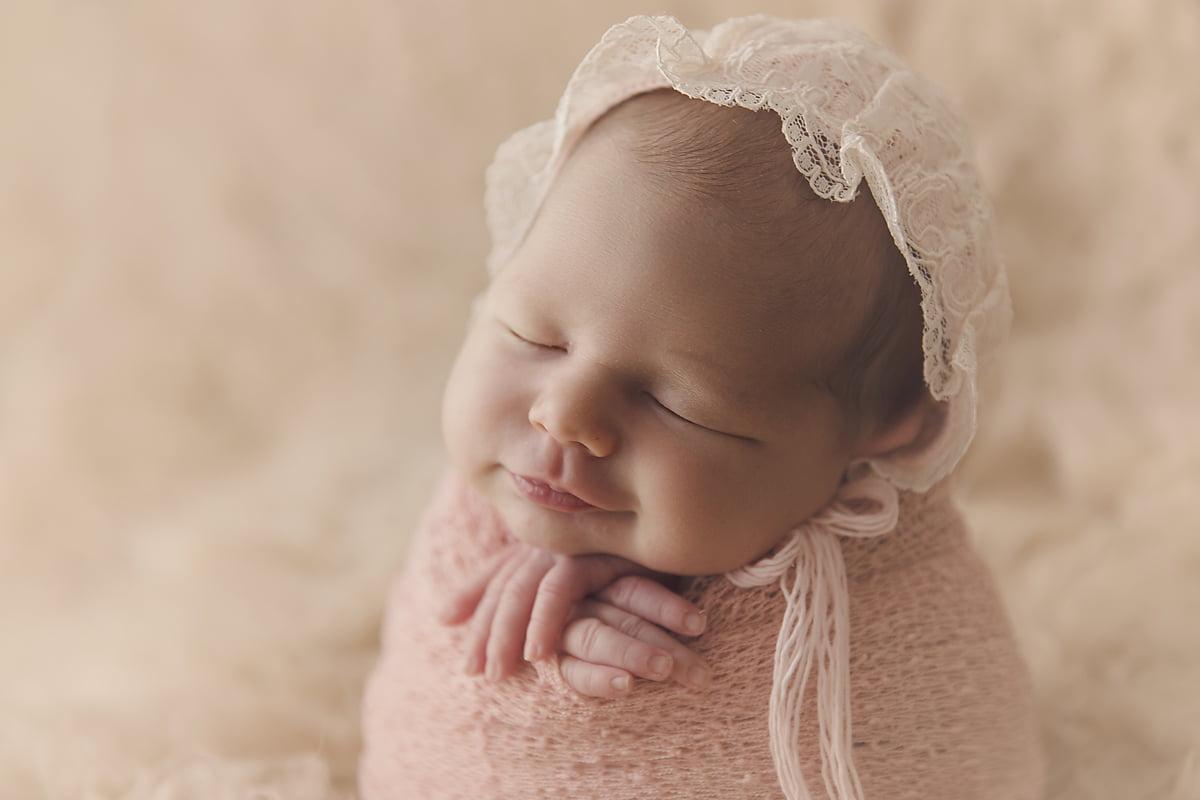 fotograf-nou-nascuti-bucuresti-bebe-familie-mvphotography-acasa (10)