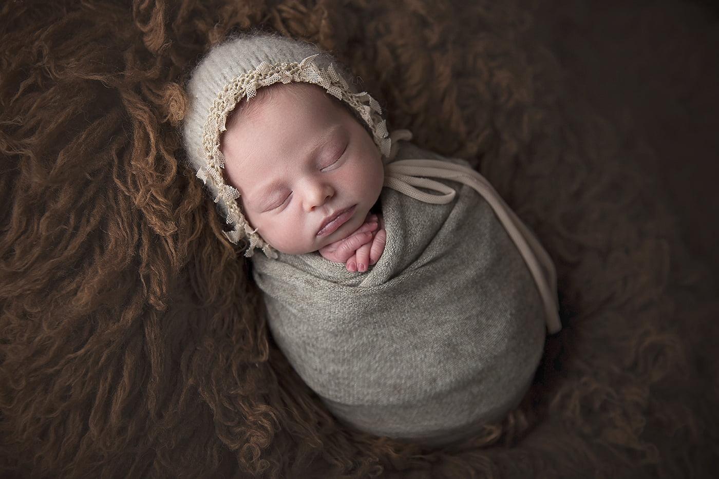 Sofia - sedinta foto nou nascut
