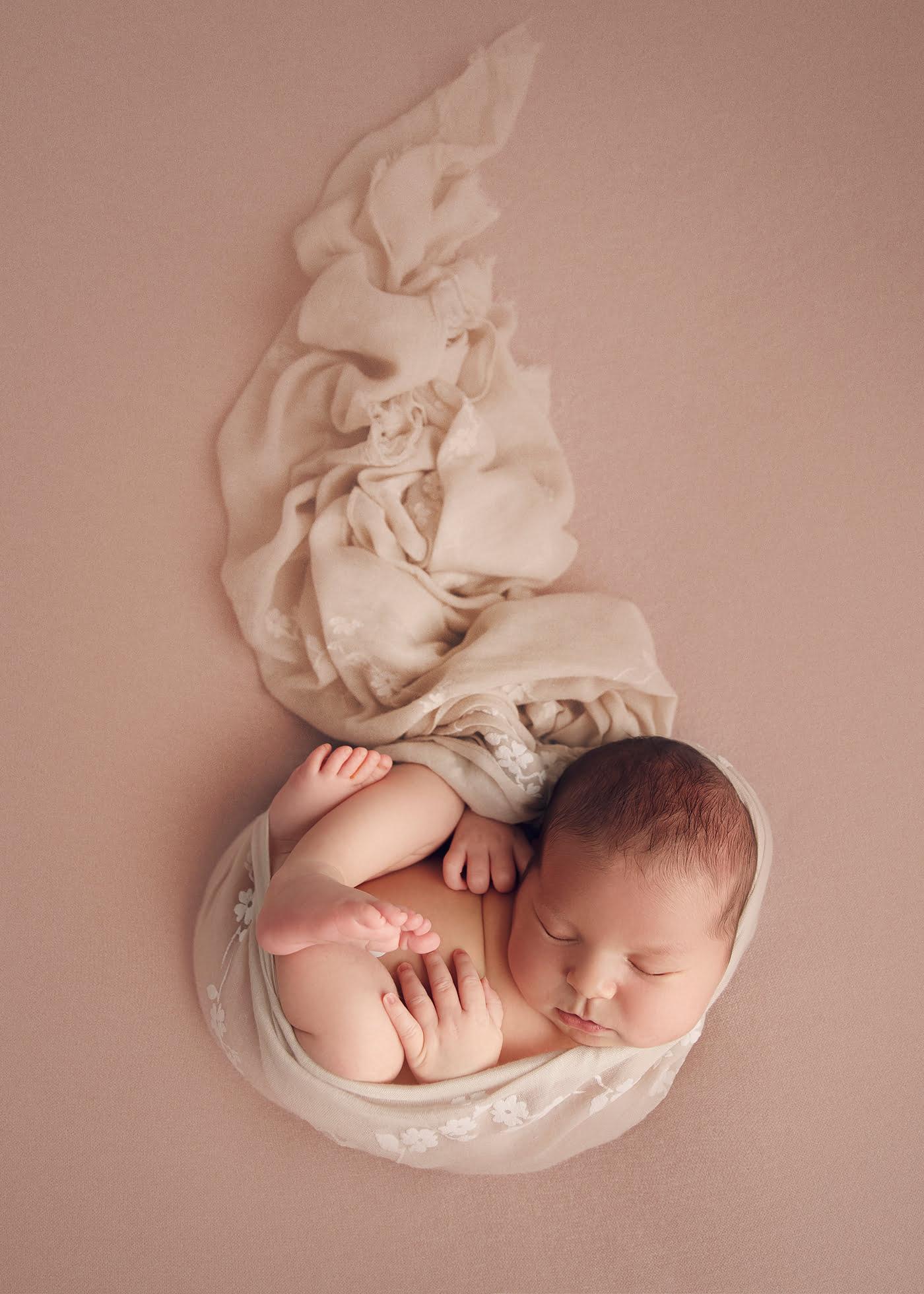 Josephine - Sedinta foto nou nascut