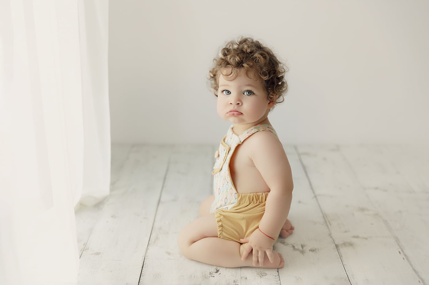 sedinta-foto-1-an-un-an-gemeni-smash-the-cake-bebe-copii-familie-fotograf-bucuresti-madalina-vasile-mvphotography