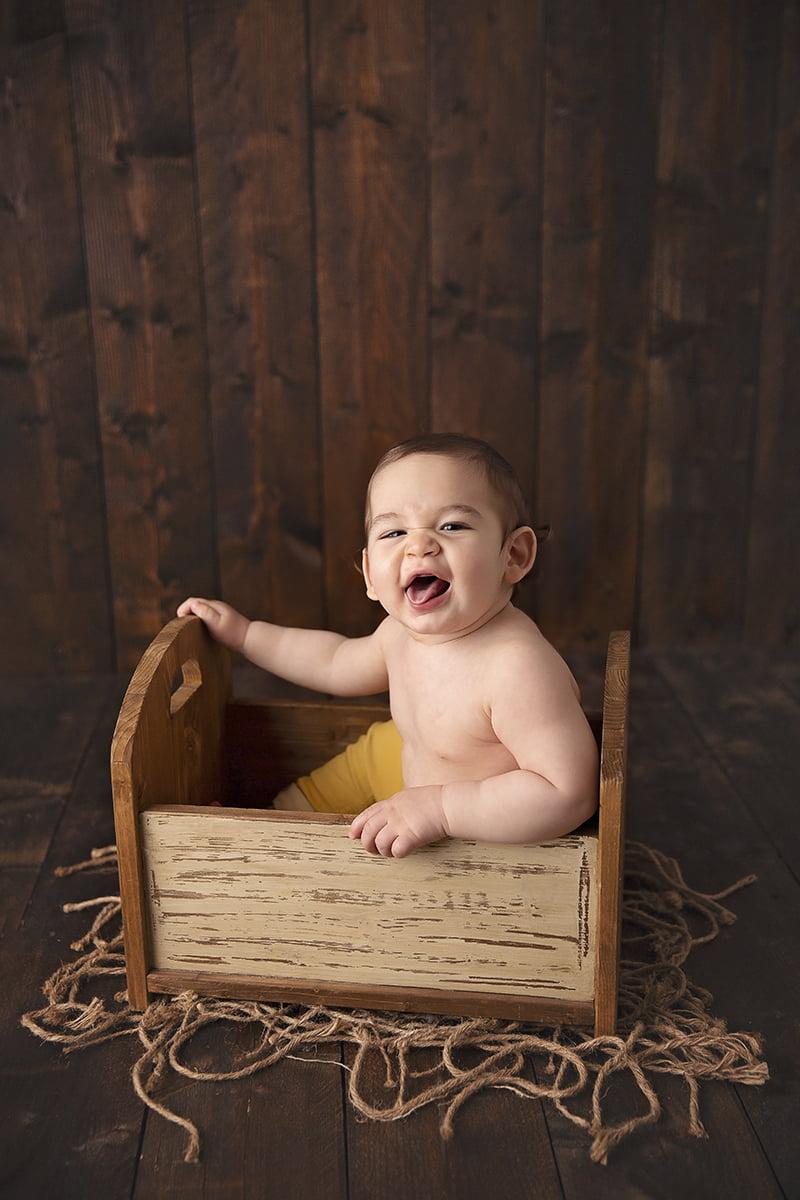 poze-bebelusi-sedinta-foto-bebe-bucuresti-madalina-vasile
