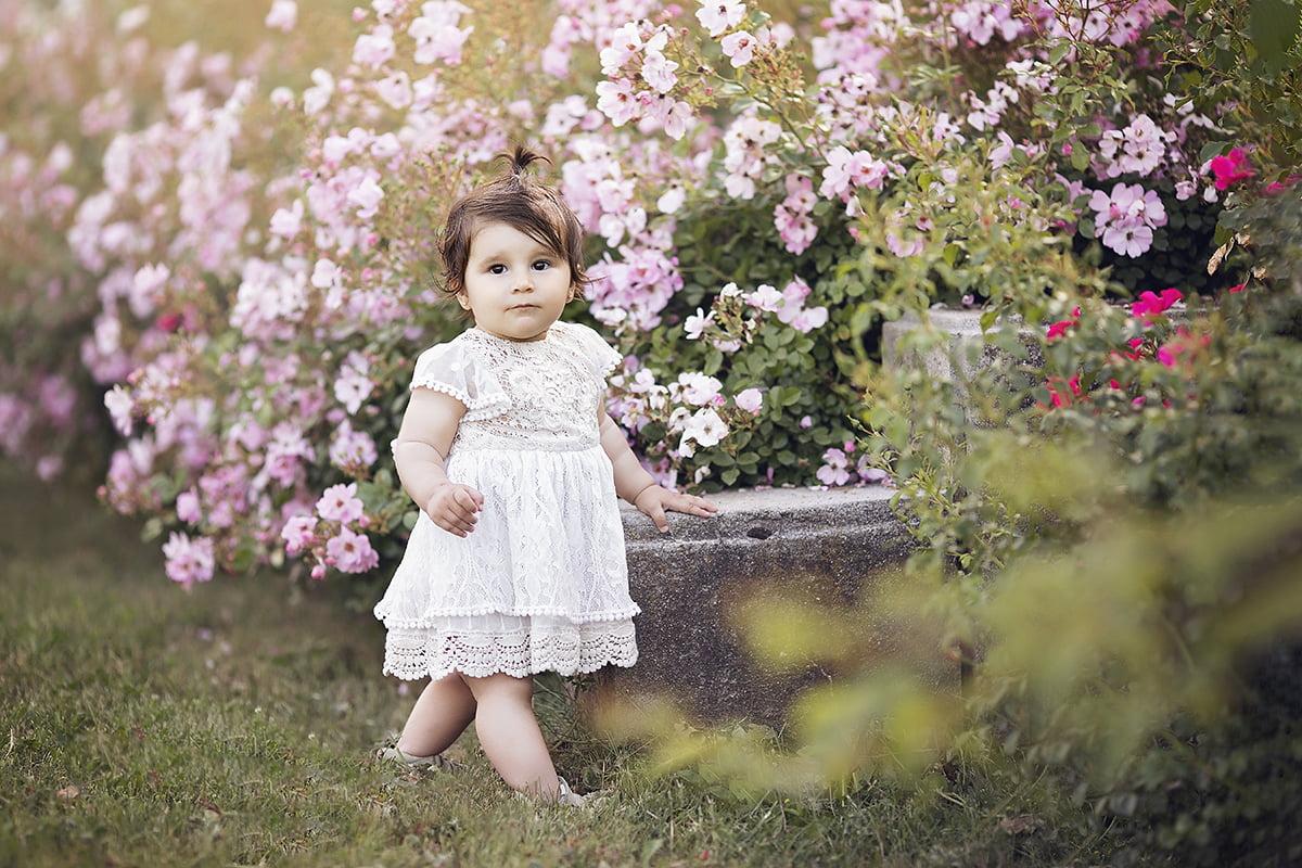 poze-bebelusi-sedinta-foto-bebe-fotograf-bucuresti-parc