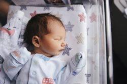 Sedinta foto nou nascut maternitate