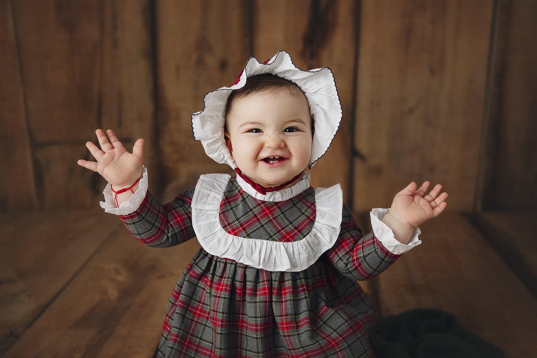 Fotograf nou nascuti si bebelusi Bucuresti - Madalina Vasile
