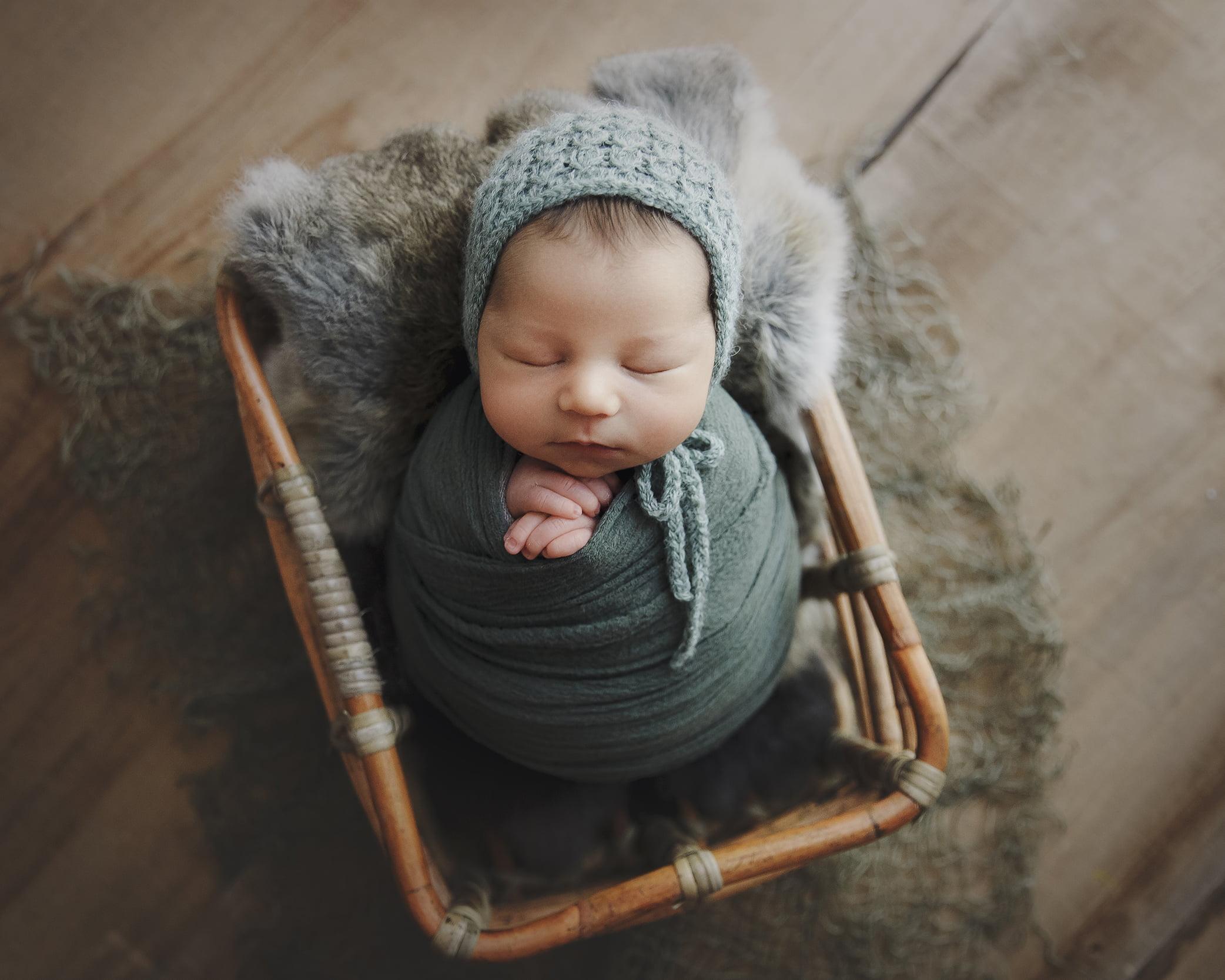 sedinta-foto-bebe-nou-nascut-madalina-vasile-bucuresti-fotograf